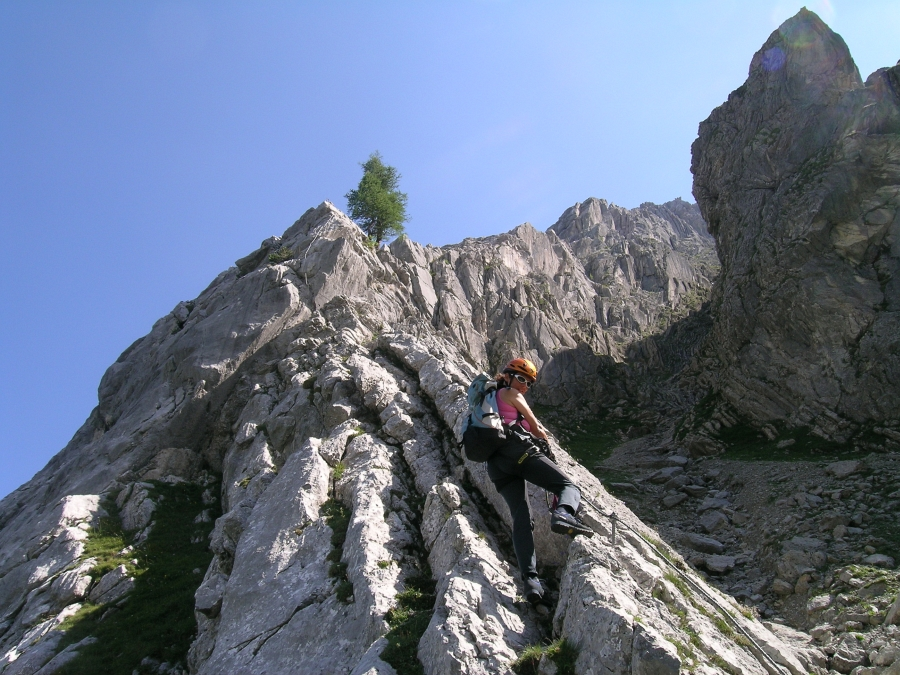 Klettersteig Tajakante : Csaba at klettersteigguide tirol tajakante klettersteig